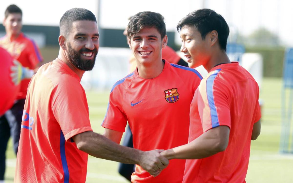 Last training session of the week for FC Barcelona