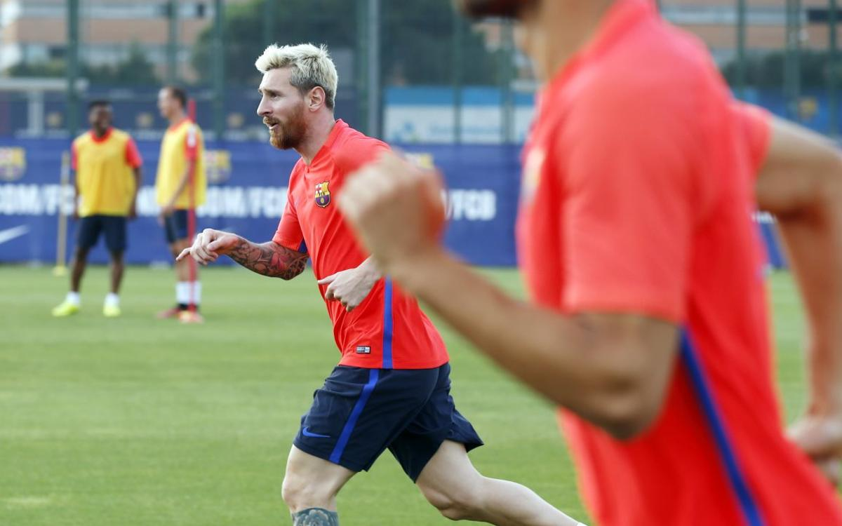 DIRECTE - Entrenament del FC Barcelona previ a l'inici de Lliga contra el Betis