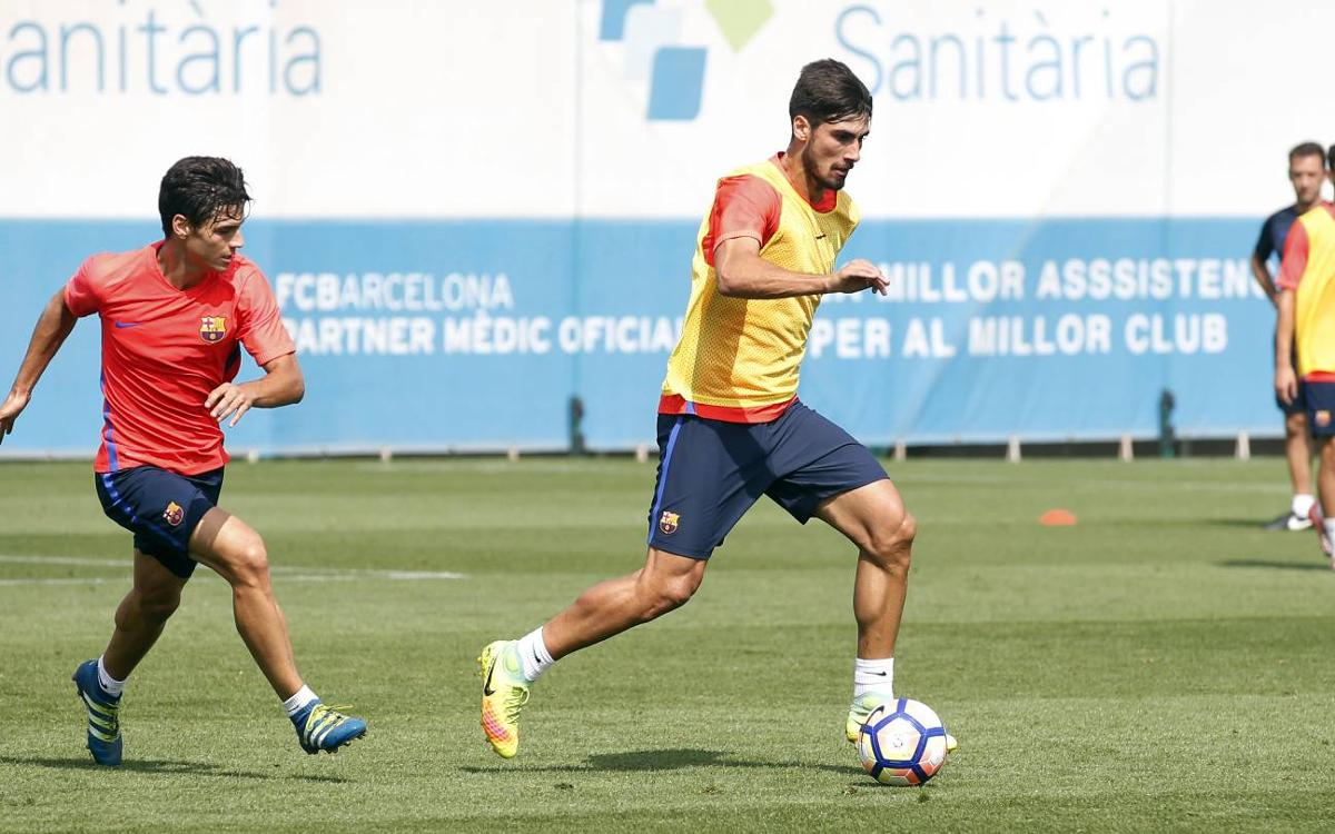 Three FC Barcelona players face international qualifiers on Monday