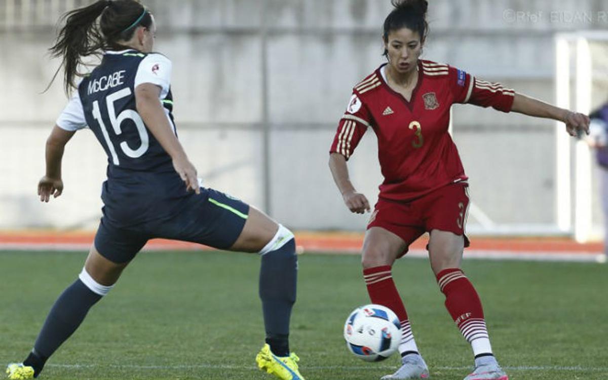 Espanya s'assegura el primer lloc de grup (13-0)