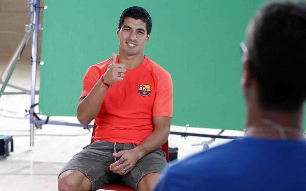 Luis Suárez takes a quiz about...himself!