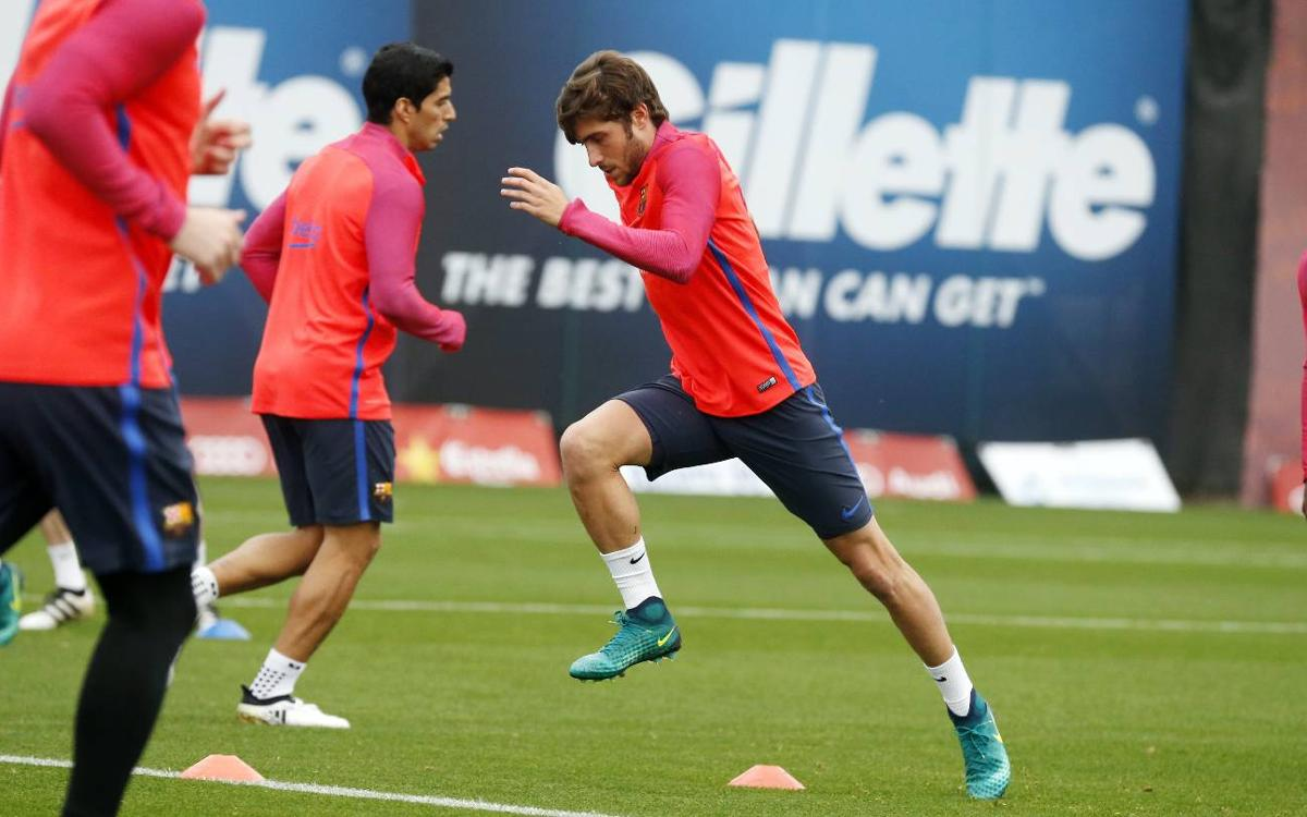 Who's in, who's out of FC Barcelona's squad for Saturday's match at Valencia