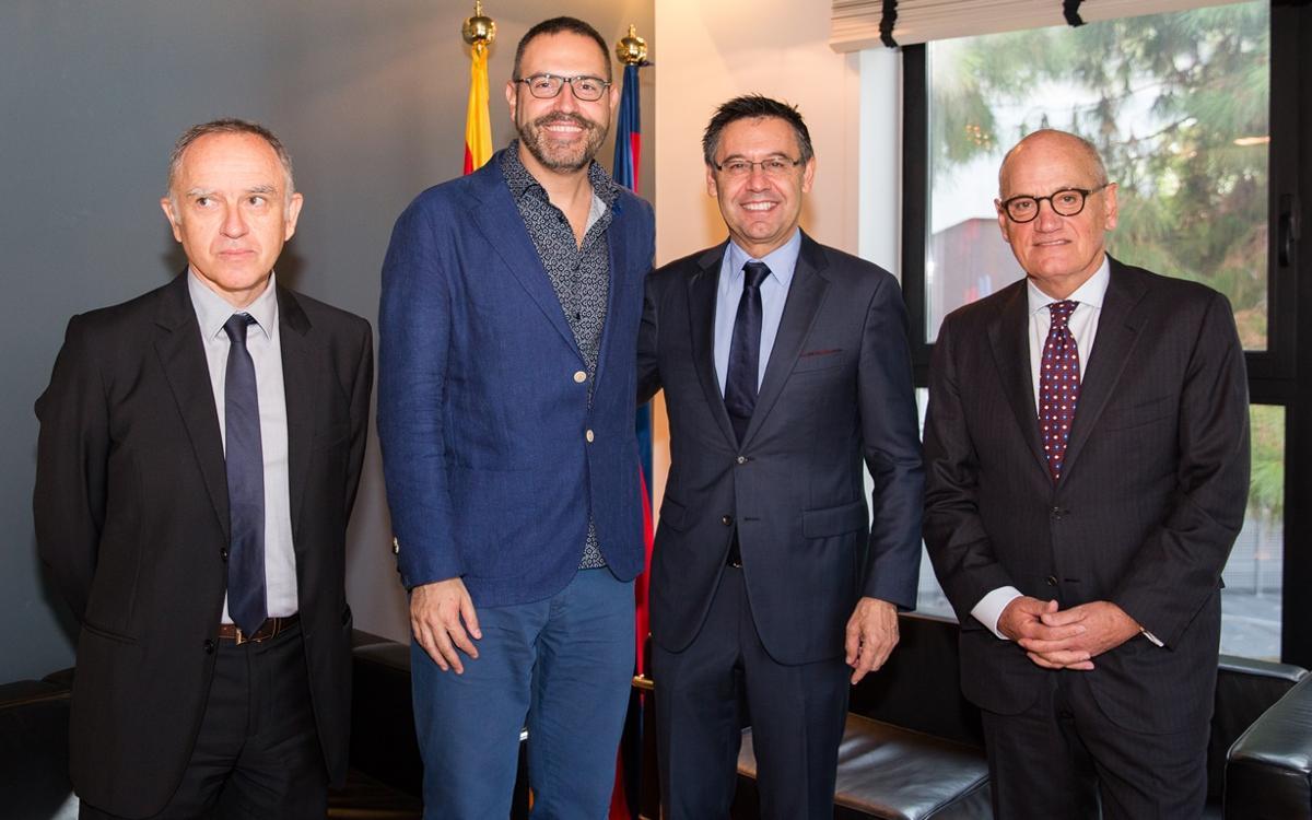 Renovació de l'acord entre el Barça i l'Institut Ramon Llull per a la projecció exterior de la llengua i la cultura catalanes