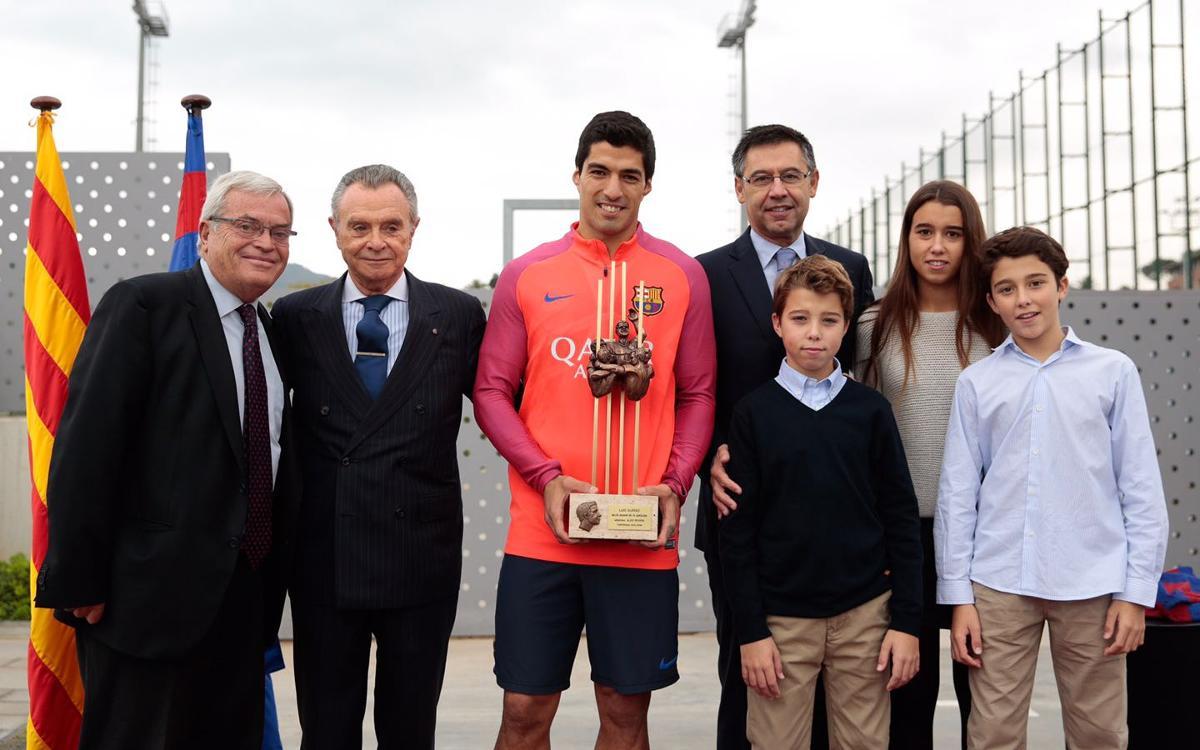 Luis Suárez rep el premi Memorial Aldo Rovira