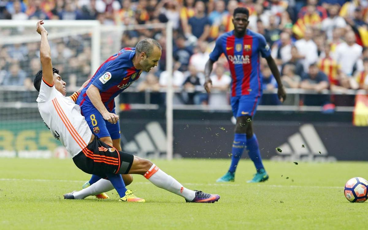 Andrés Iniesta out for 6 to 8 weeks