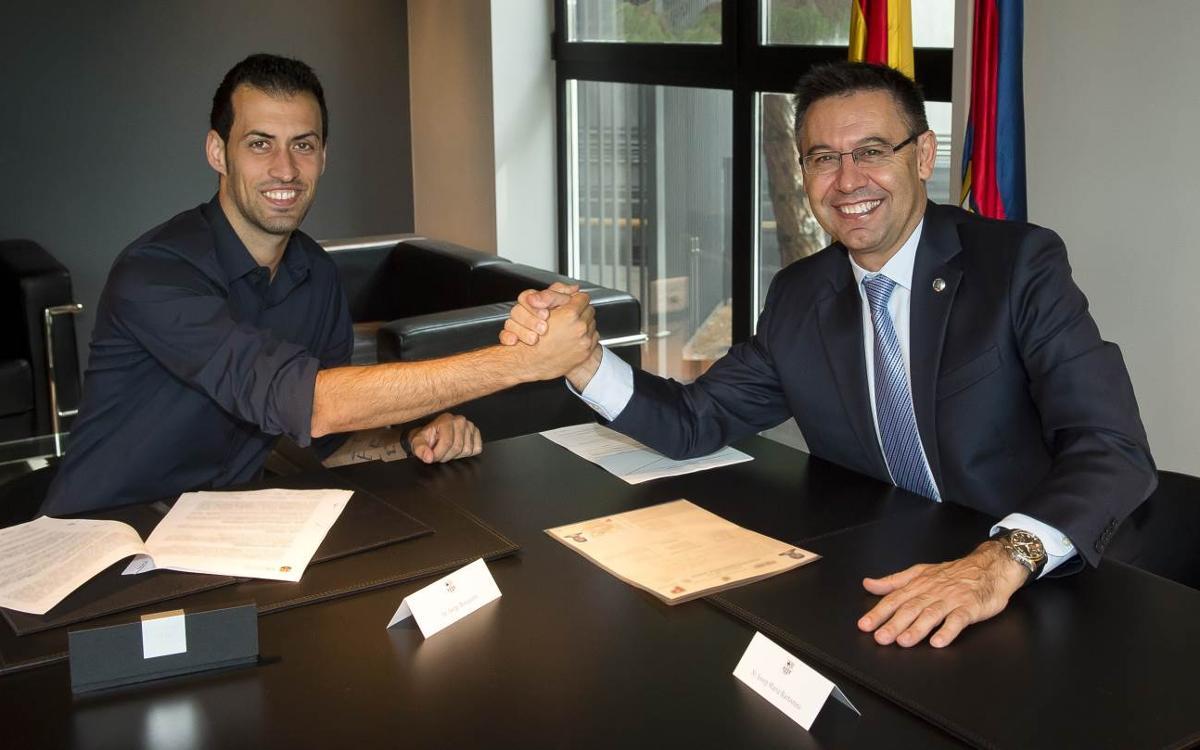 Sergio Busquets firma la renovación: