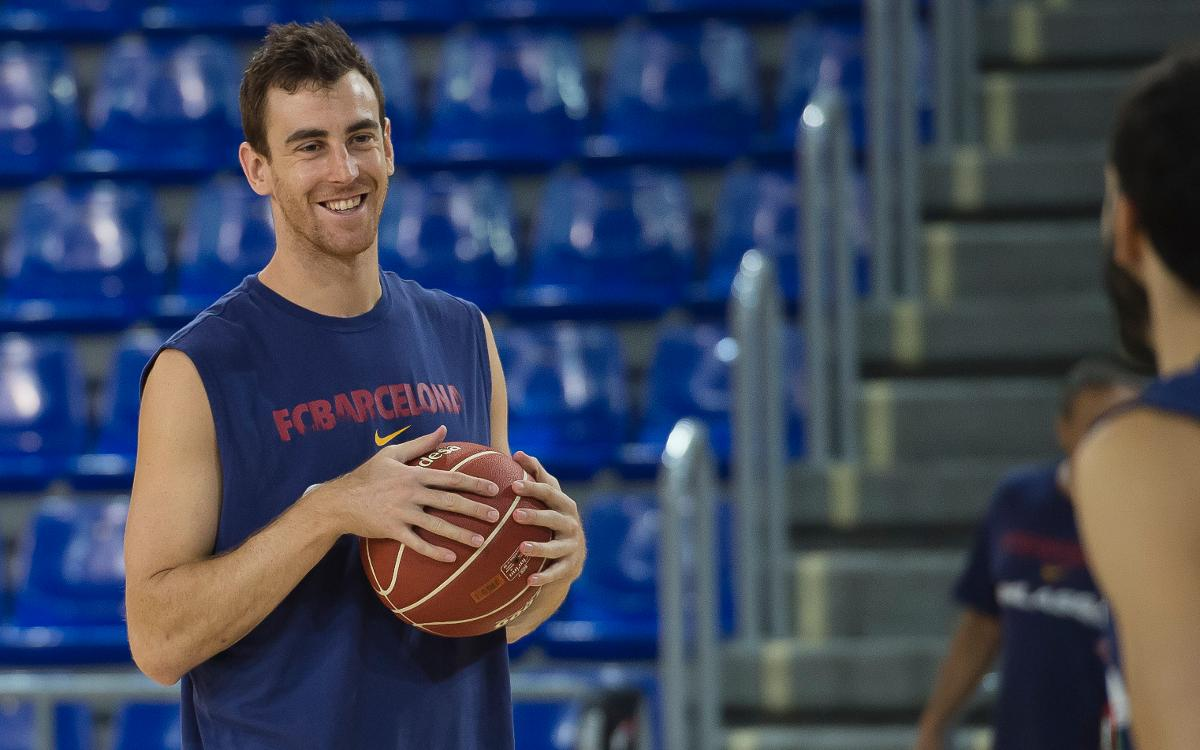 Víctor Claver begins training with Barça Lassa