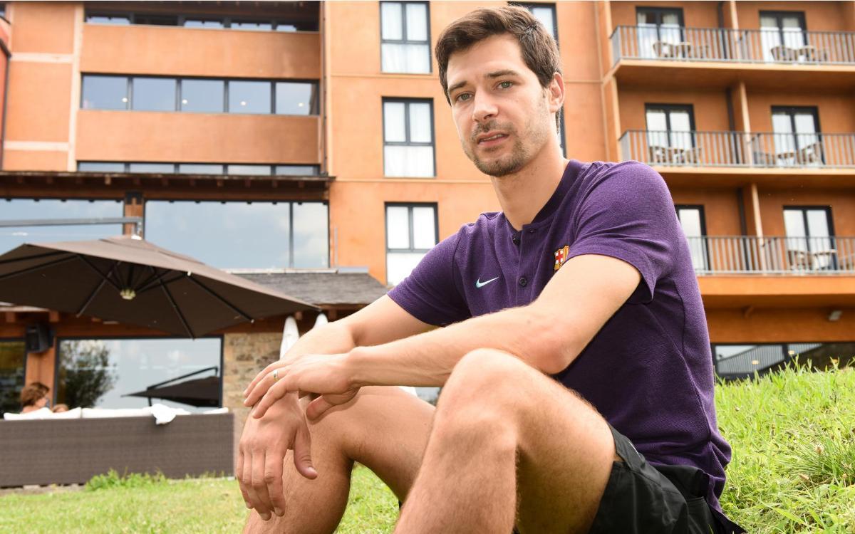 """Sergi Fernández: """"Ayudamos al equipo desde la portería"""""""