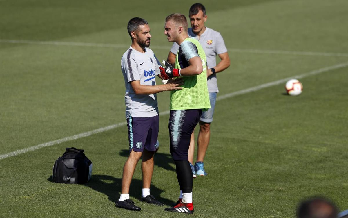 Cillessen suffers intercostal muscle sprain
