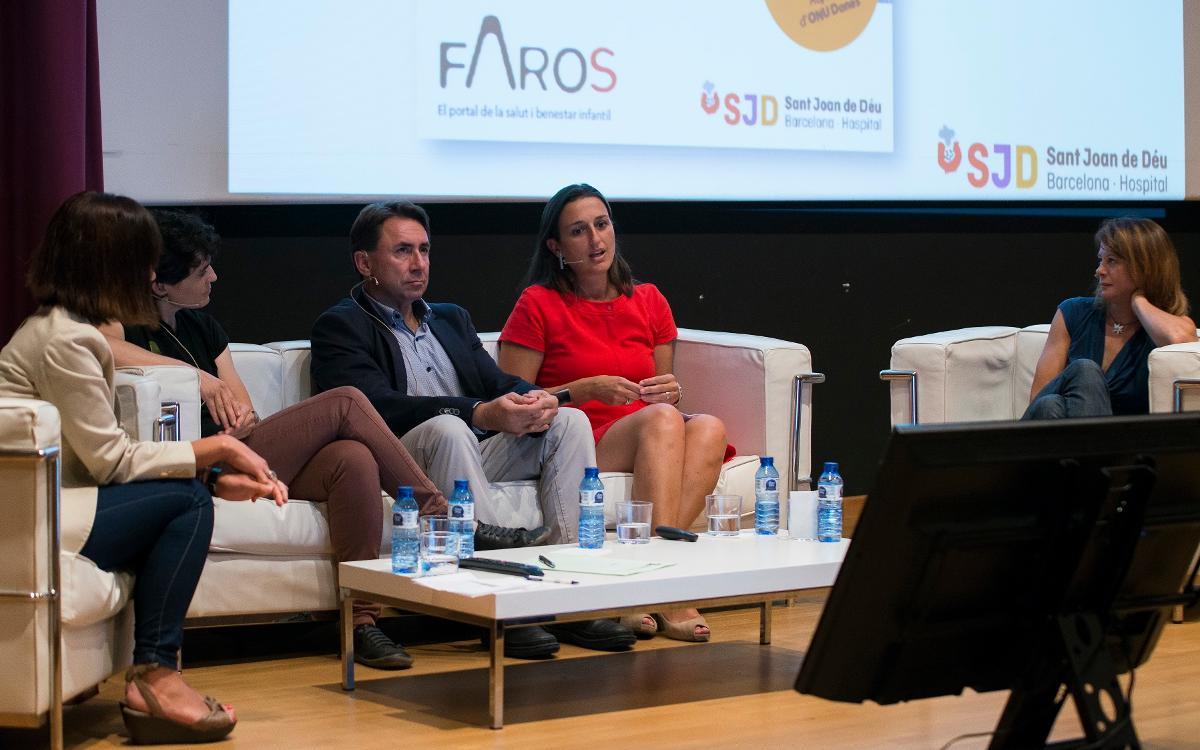 """Maria Teixidor participa en la presentación del informe FAROS sobre """"Salud y deporte en femeníno"""""""