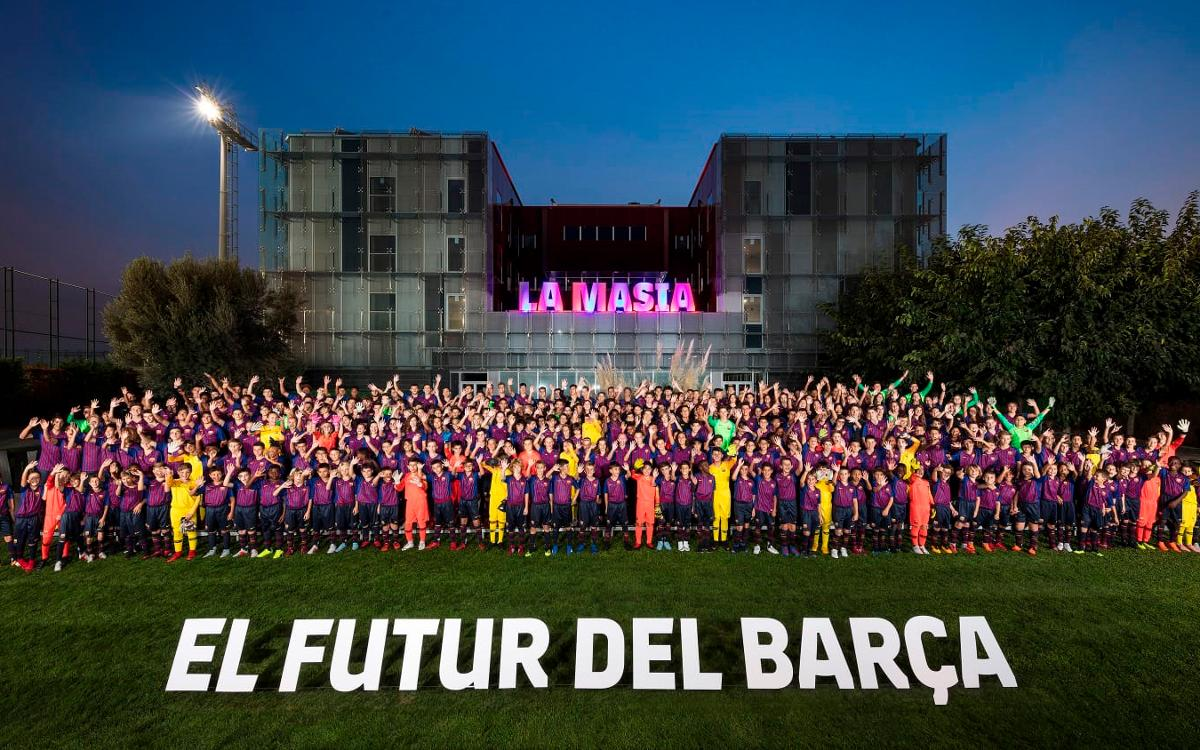 Presentadas las plantillas del fútbol formativo del FC Barcelona de la temporada 2018/19