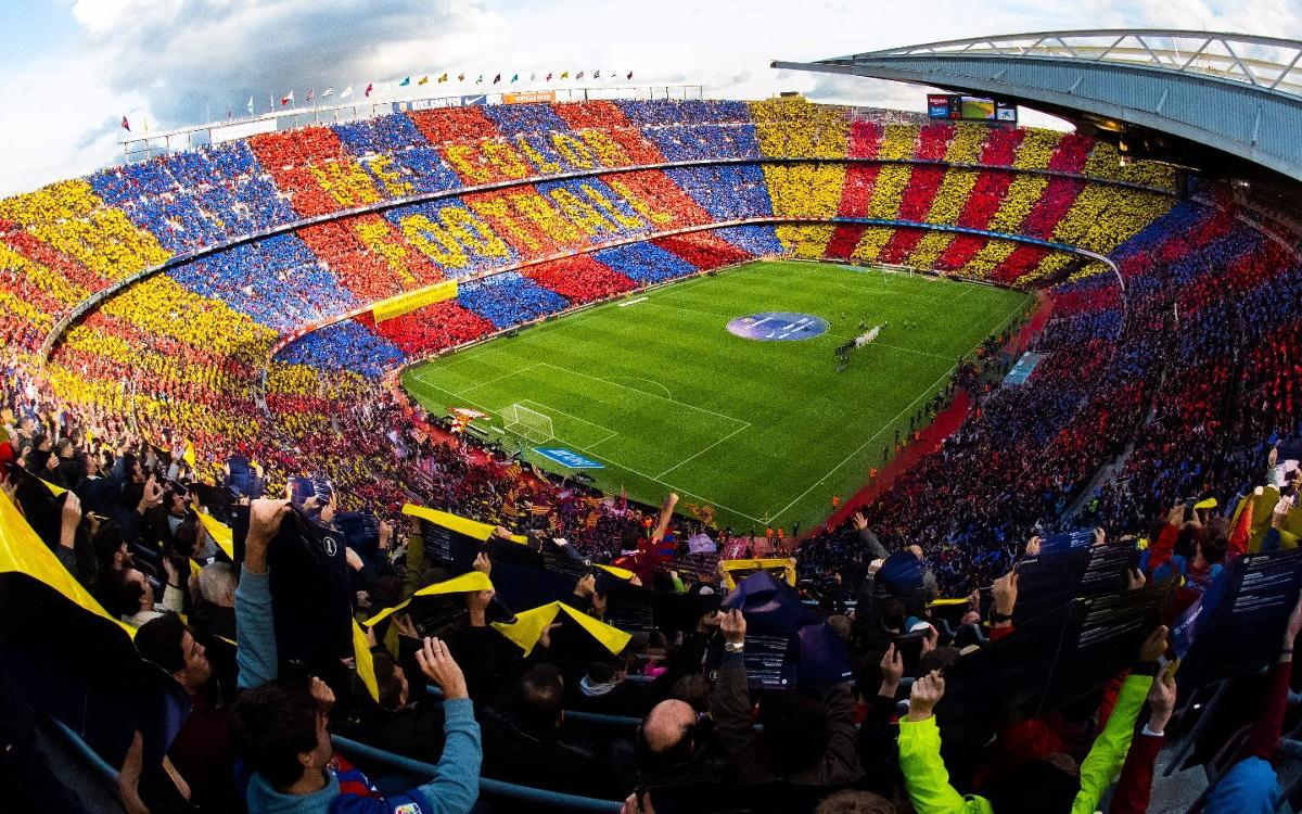 Impressive mosaic at Camp Nou to get the Clásico under way