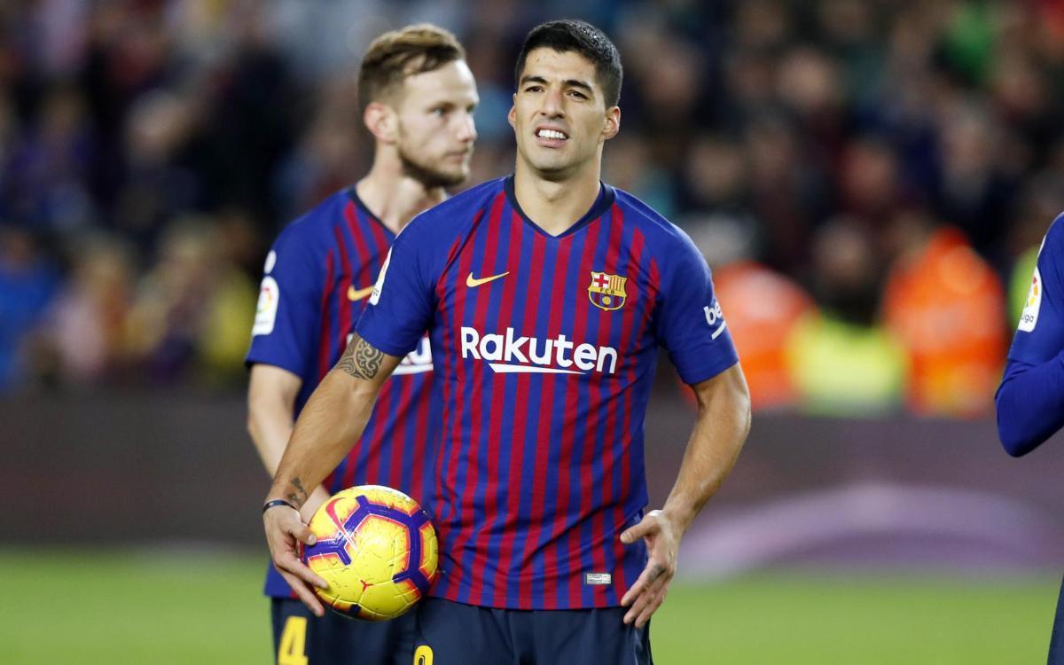 Vidéo - Luis Suarez rejoint les héros du Clasico