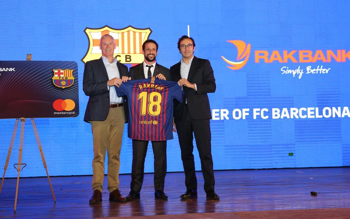 El FC Barcelona, Rakbank y Mastercard unen fuerzas para lanzar una nueva tarjeta de crédito en los Emiratos Árabes Unidos