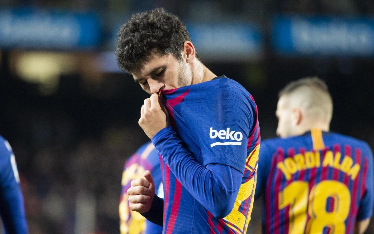 صور مباراة : برشلونة - فياريال 2-0 ( 02-12-2018 )  Mini_2018-12-02_FCBvsVILAREAL_30