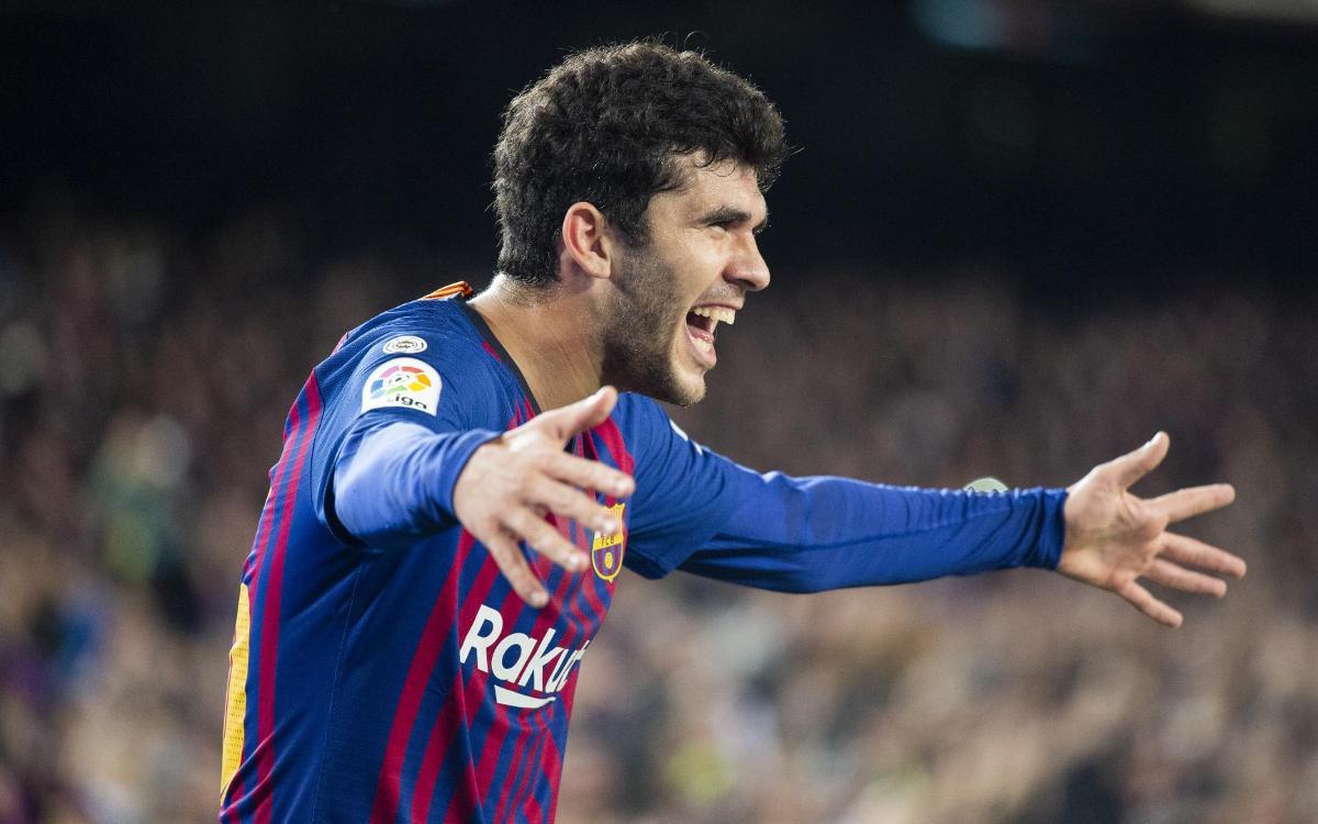 صور مباراة : برشلونة - فياريال 2-0 ( 02-12-2018 )  Mini_2018-12-02_FCBvsVILAREAL_23