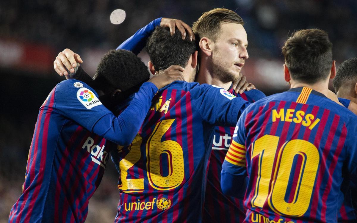 صور مباراة : برشلونة - فياريال 2-0 ( 02-12-2018 )  Mini_2018-12-02_FCBvsVILAREAL_24