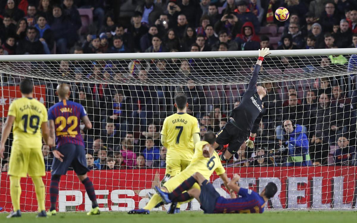 صور مباراة : برشلونة - فياريال 2-0 ( 02-12-2018 )  Mini_2018-12-02-BARCELONA-VILLARREAL-37