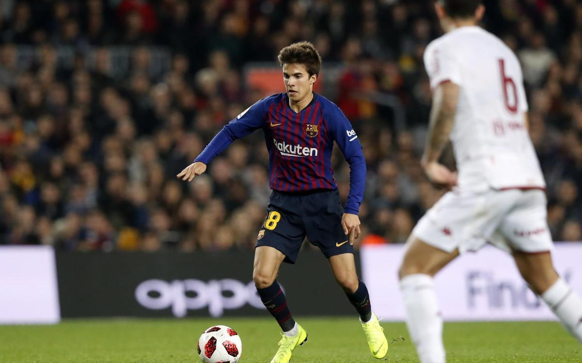 Riqui Puig debuta en partit oficial