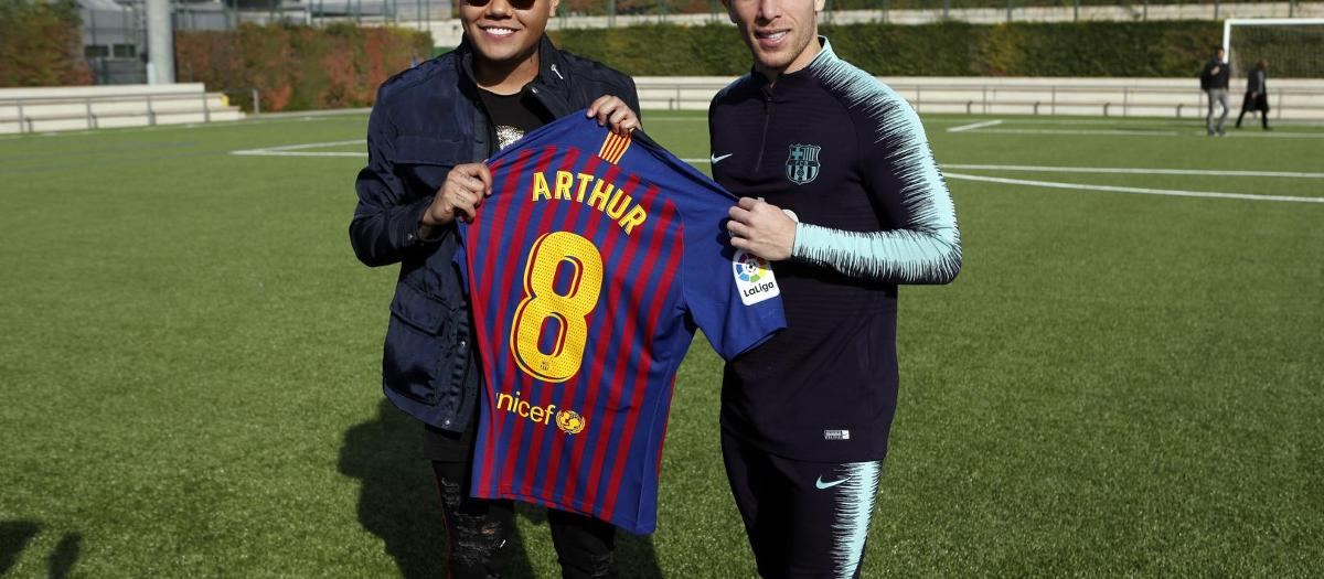Arthur and Felipe Araújo meet up in Barcelona