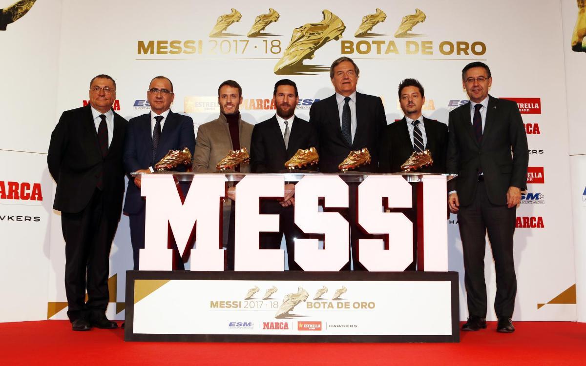 الأسطورة ميسي يُتوّج للمرة الخامسة بجائزة الحذاء الذهبي Mini_2018-12-18-MESSI-BOTA-DE-ORO-141
