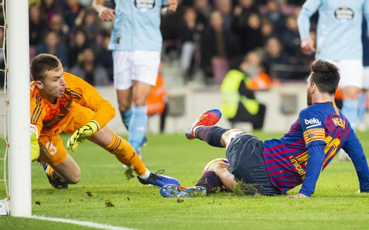 صور مباراة : برشلونة - سيلتا فيغو 2-0 ( 22-12-2018 )  Mini_2018-12-22_FCBvsCELTA_15