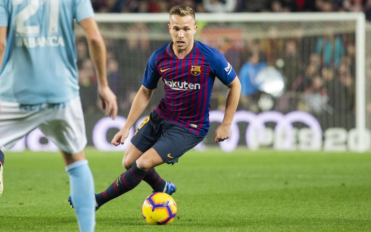 صور مباراة : برشلونة - سيلتا فيغو 2-0 ( 22-12-2018 )  Mini_2018-12-22_FCBvsCELTA_23