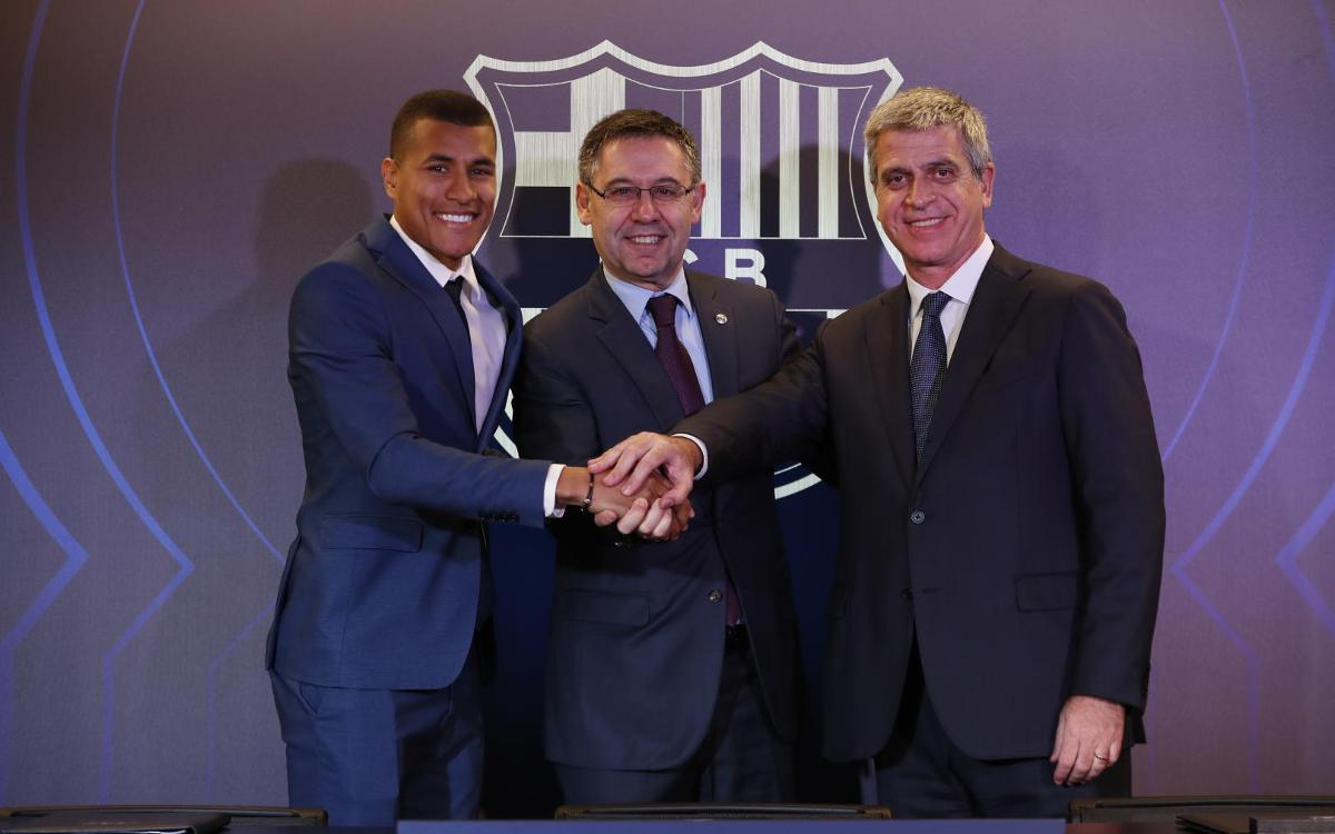 تقديم جيسون موريللو لاعب جديد في صفوف نادي برشلونة Mini__12I7517