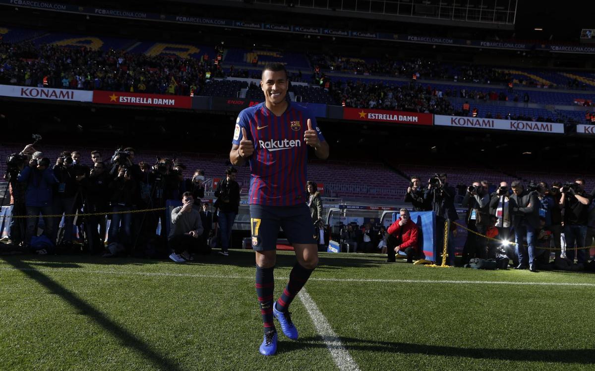 تقديم جيسون موريللو لاعب جديد في صفوف نادي برشلونة Mini__R5I8162