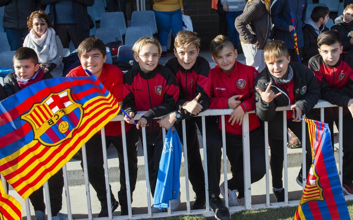 نجوم برشلونة في تدريب مفتوح للجماهير Mini_2019-01-04_ENTRENAMENTPORTESOBERTES_22