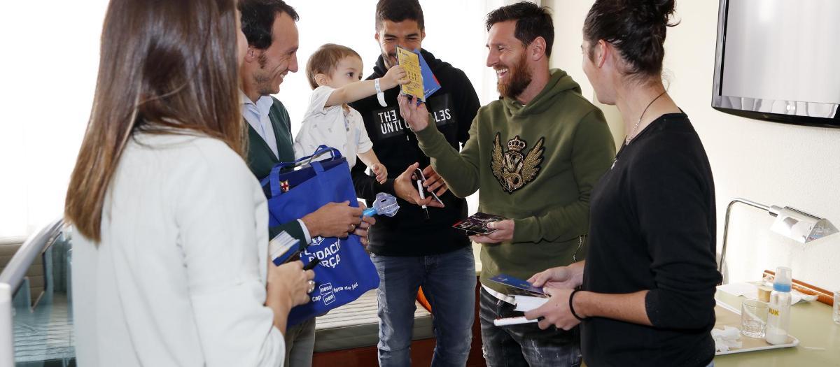 Le Barça offre de la joie dans les hôpitaux