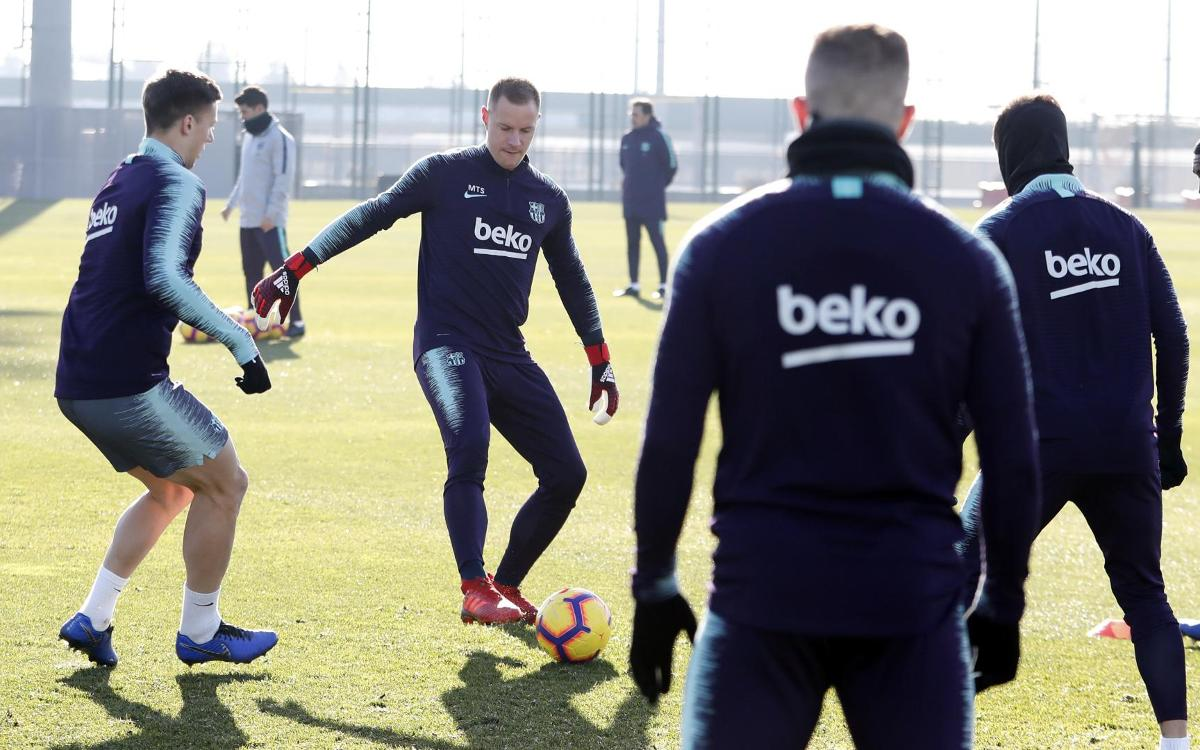 تدريبات برشلونة 05-01-2019 Mini_2019-01-05-MIGUEL-RUIZ-ENTRENO-21