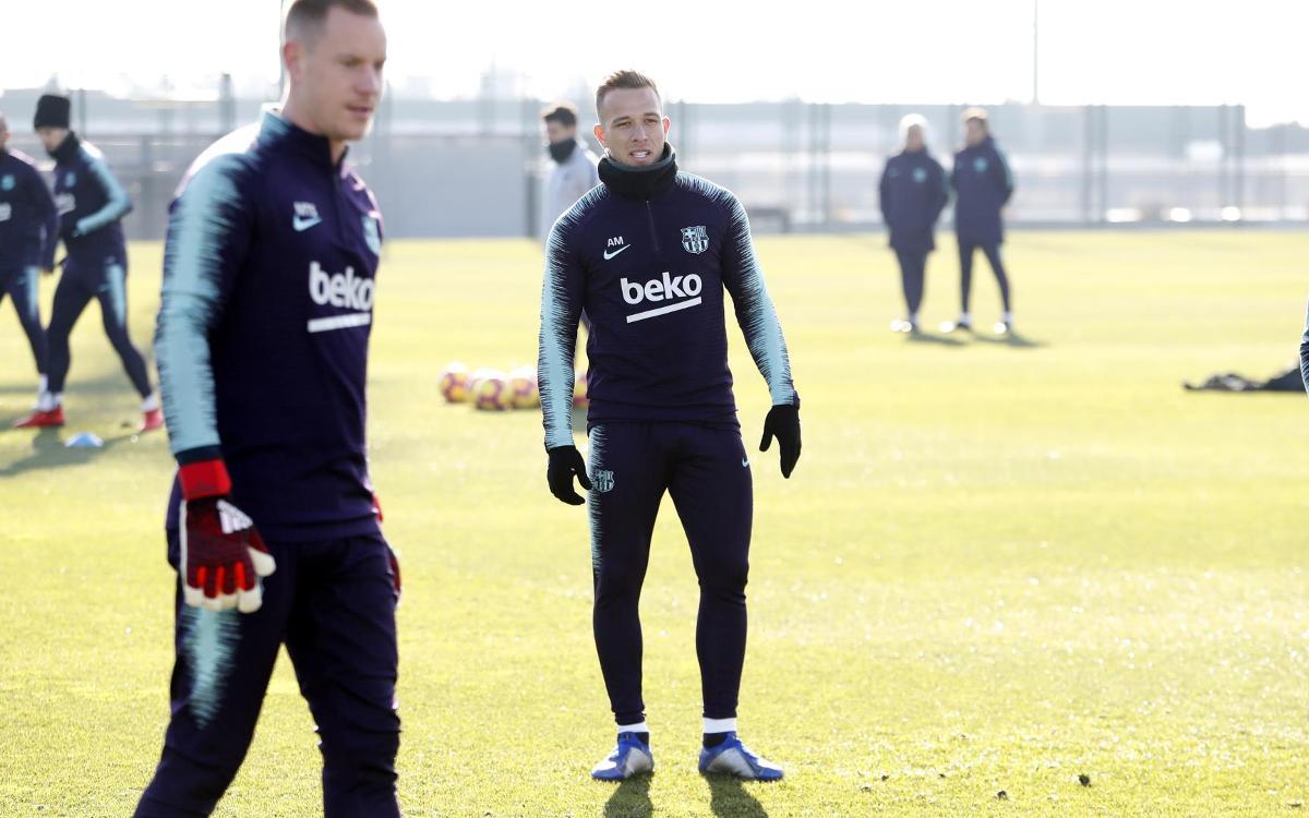 تدريبات برشلونة 05-01-2019 Mini_2019-01-05-MIGUEL-RUIZ-ENTRENO-17