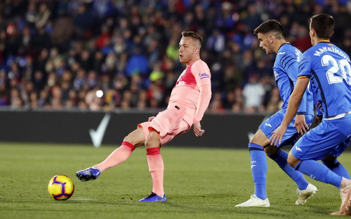 صور مباراة : خيتافي - برشلونة 1-2 ( 06-01-2019 ) Mini_2019-01-06-MIGUEL-RUIZ-GETAFE-BARCELONA-14