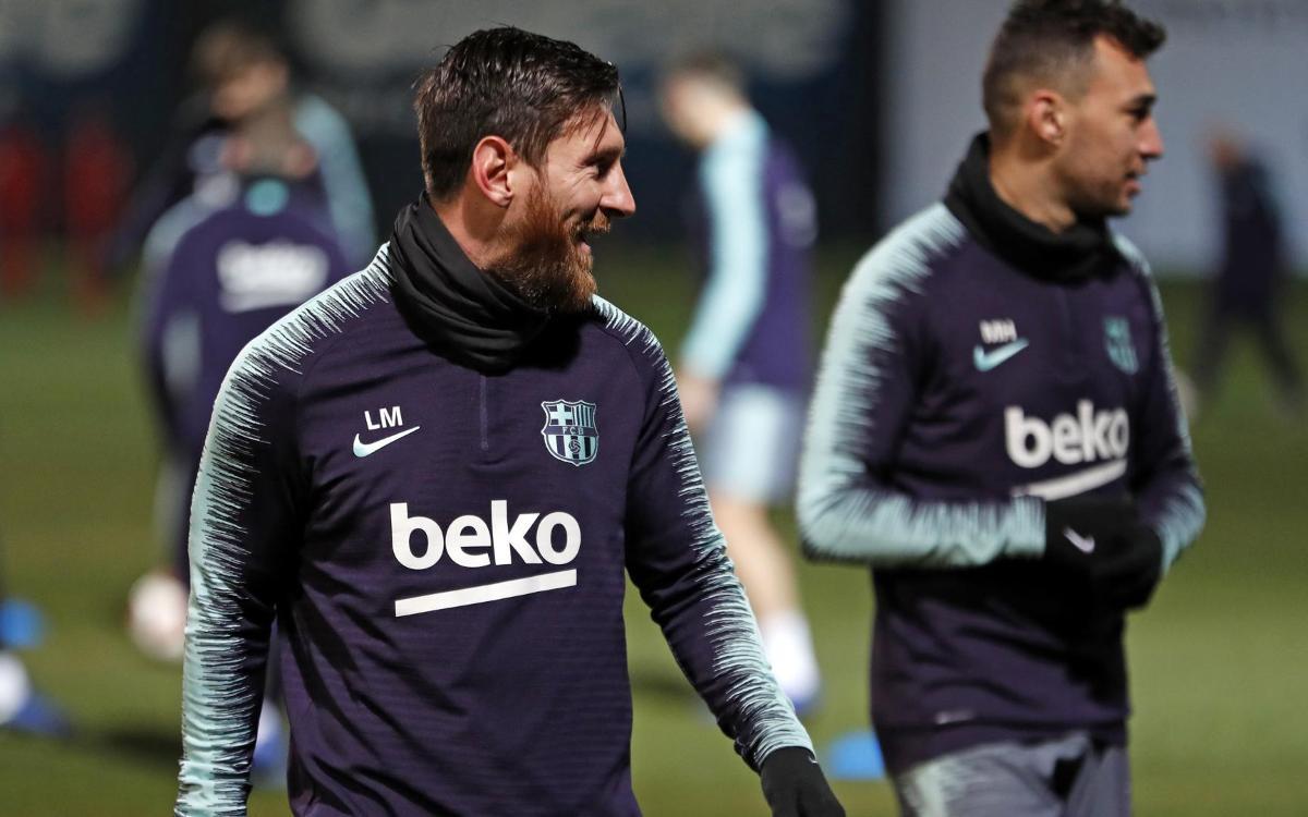 تدريبات الفريق قبل الرحلة الى ليفانتي Copa del Rey Mini_2019-01-09-MIGUEL-RUIZ-ENTRENO-30