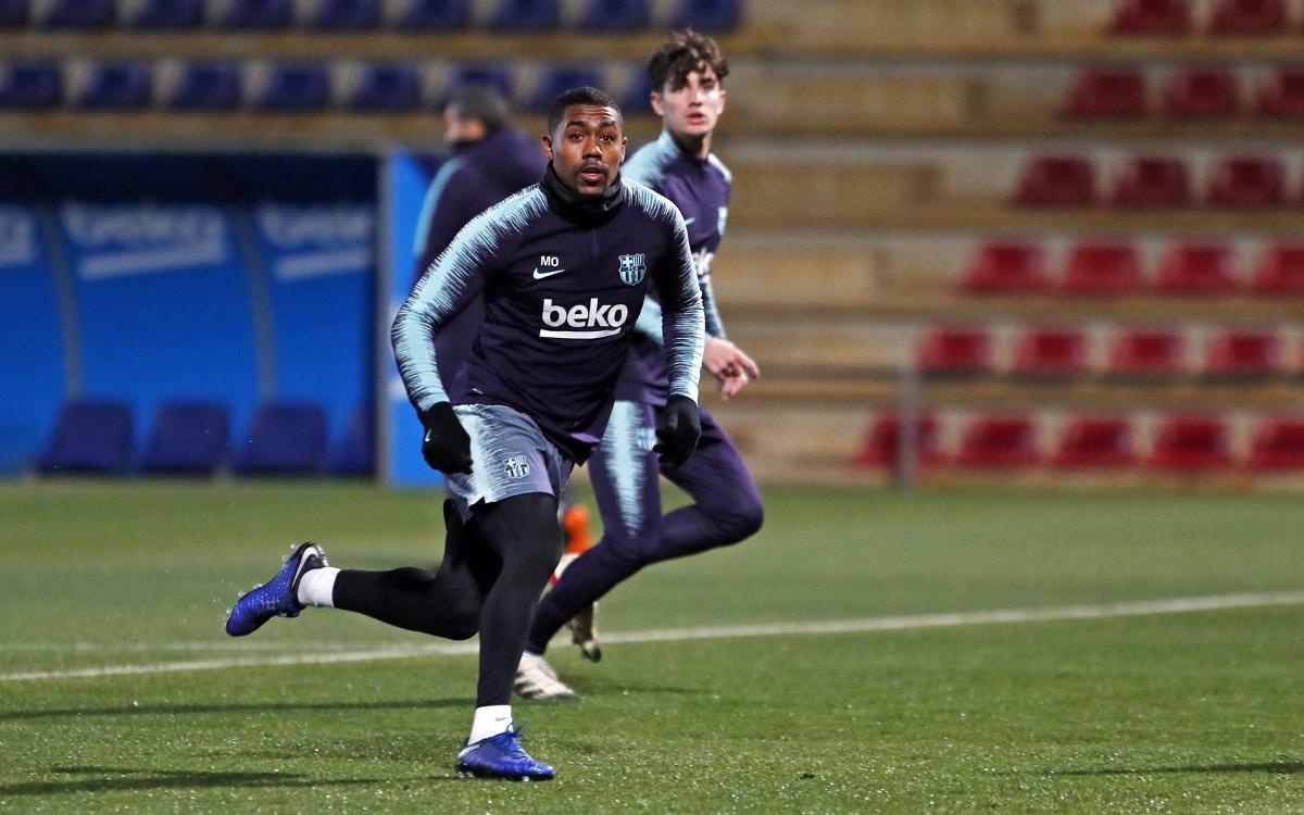 تدريبات الفريق قبل الرحلة الى ليفانتي Copa del Rey Mini_2019-01-09-MIGUEL-RUIZ-ENTRENO-74