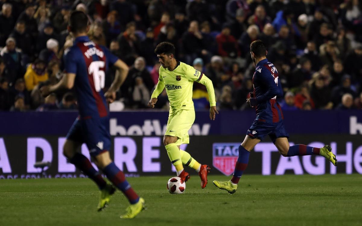 صور مباراة : ليفانتي - برشلونة 2-1 ( 10-01-2019 ) Mini__R5I2166