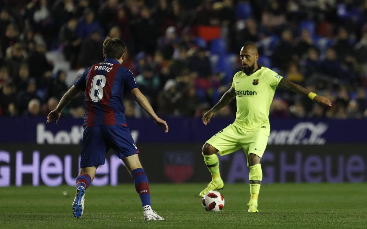 صور مباراة : ليفانتي - برشلونة 2-1 ( 10-01-2019 ) Mini__R5I2173
