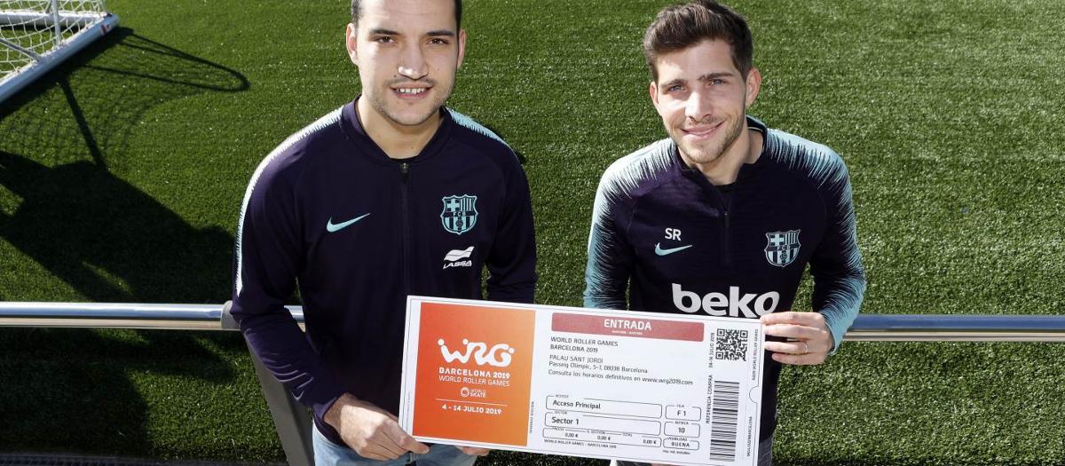 Pau Bargalló entrega a Sergi Roberto la primera entrada dels World Roller Games