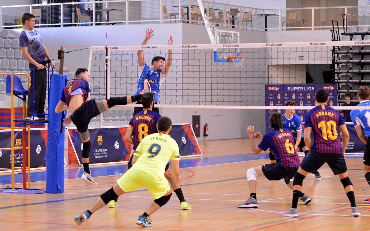 El Barça guanya i segueix en la lluita per la permanència