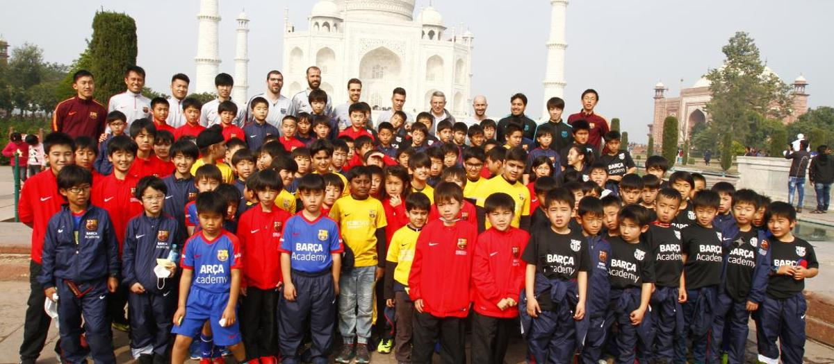 More than 500 boys and girls from the Barça Academy meet in Delhi for the first edition of the Barça Academy Cup APAC
