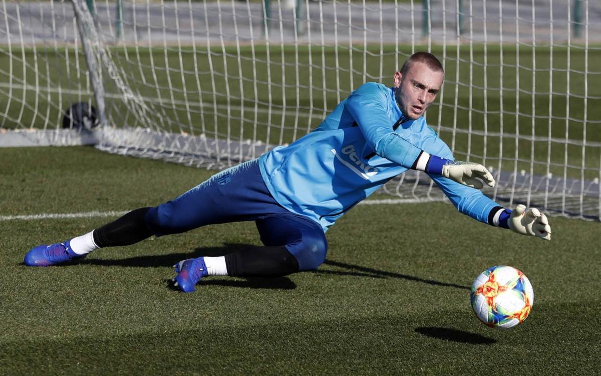 Cillessen with a right calf injury