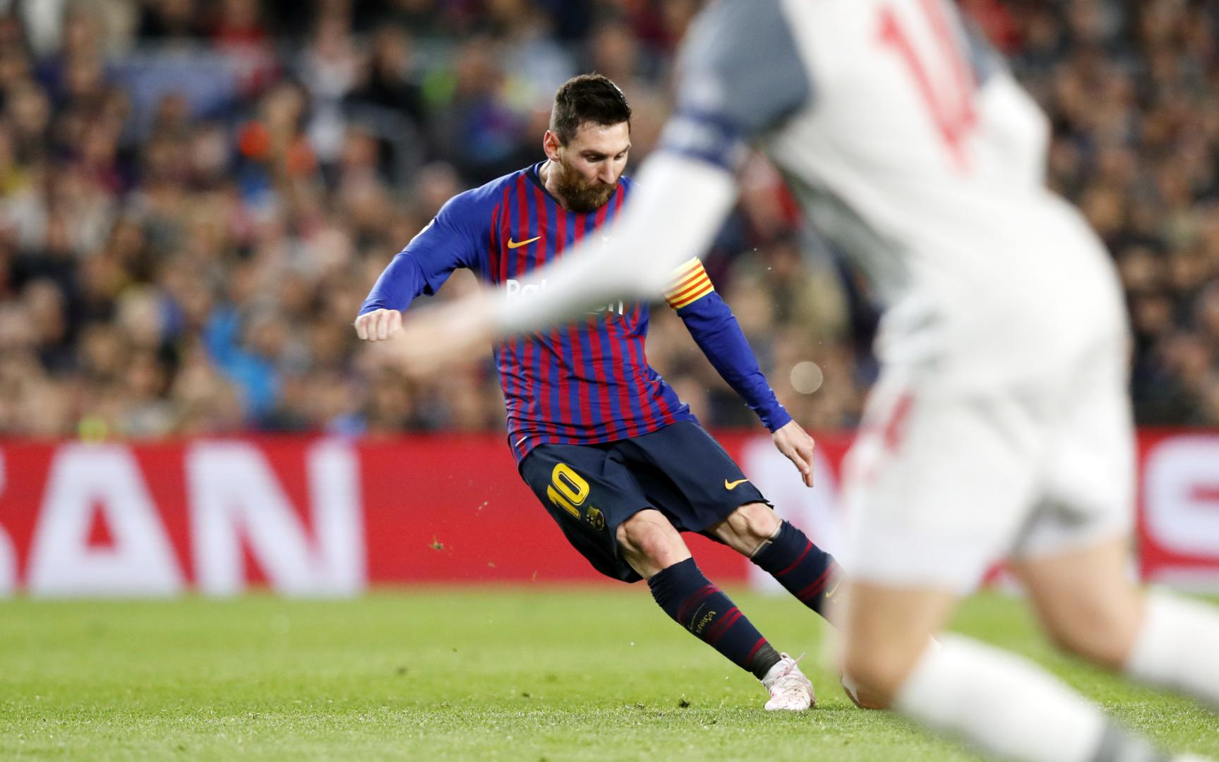 Messi's sublime free kick, from every angle